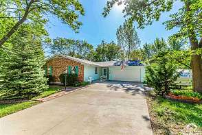 2556 Ousdahl Rd Lawrence, KS listing photo #1