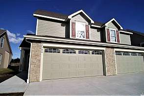 3166 Yankee Tank Ln Lawrence, KS listing photo #1