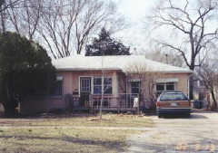 1905 Tennessee, Lawrence, KS 66044
